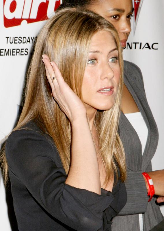 Jennifer Aniston Claims She Was the Dumper