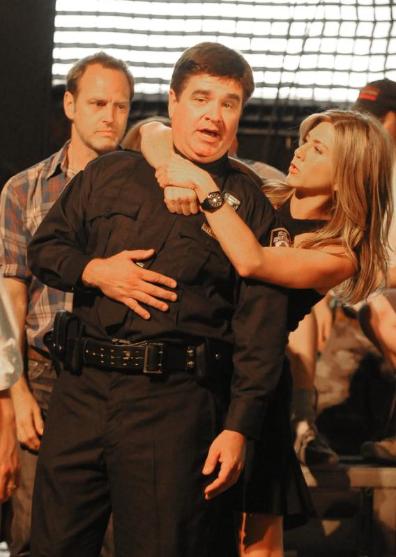 Jennifer Aniston Feels a Cop