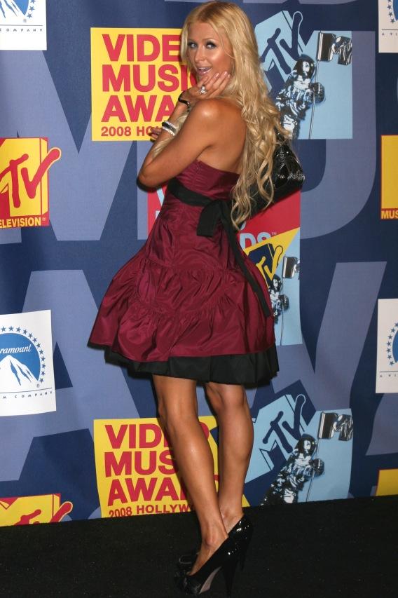 Paris Hilton Stands Up for Abstinence