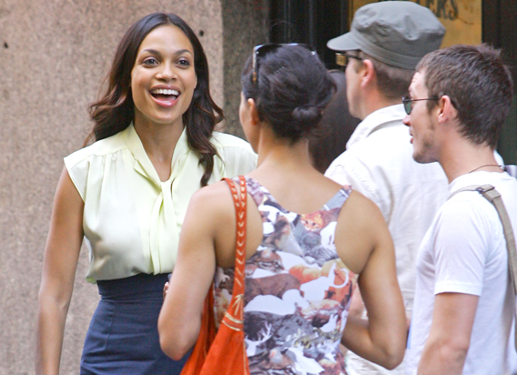 Rosario Dawson Brown Bags It with Elijah Wood