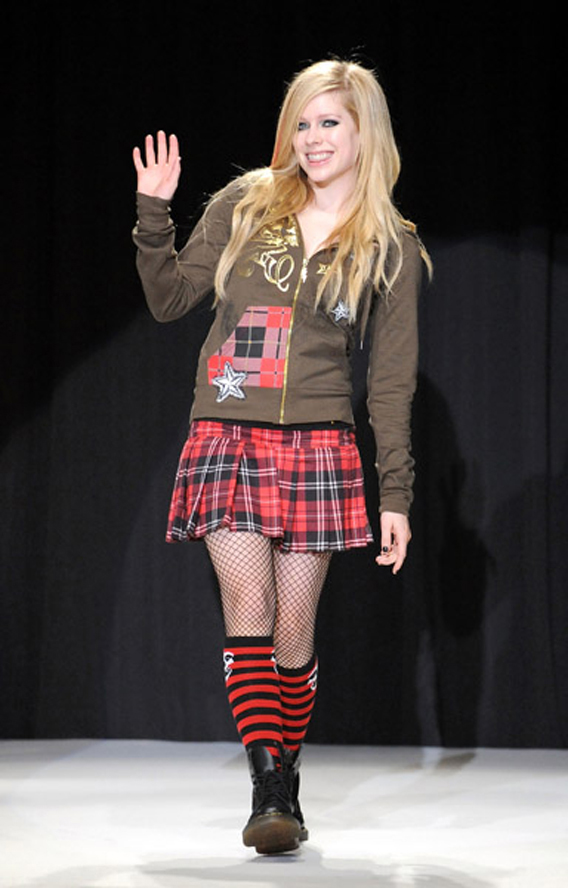Avril Lavigne Is Selling That Crap She Wears