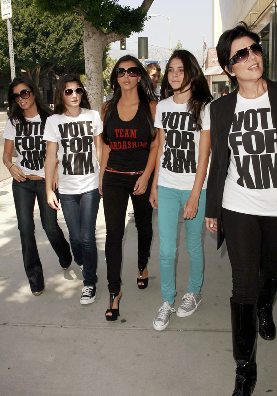 The Family Kardashian Champions Kim