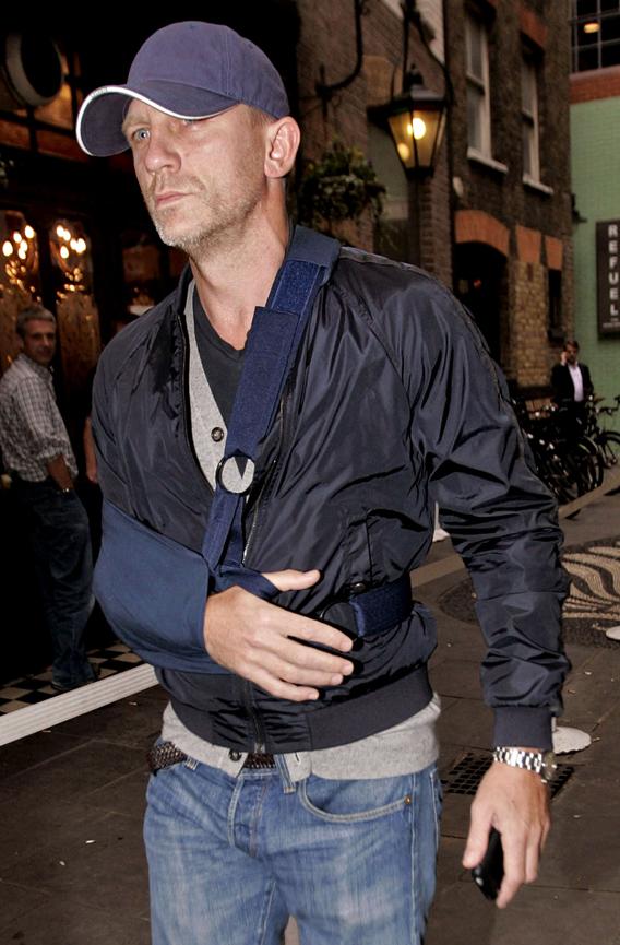 Daniel Craig Looks Worse for Wear