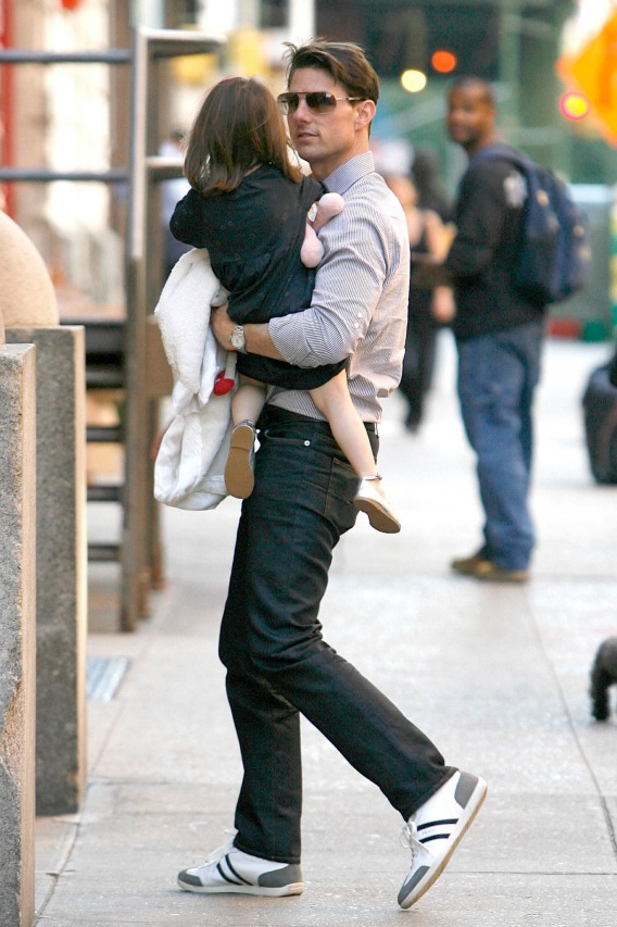 Tom Cruise and Suri Hit the Streets of New York