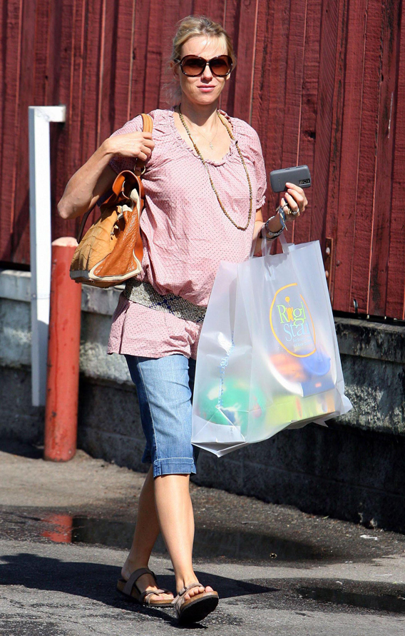 Naomi Watts Shops With Her Sabretooth Tot