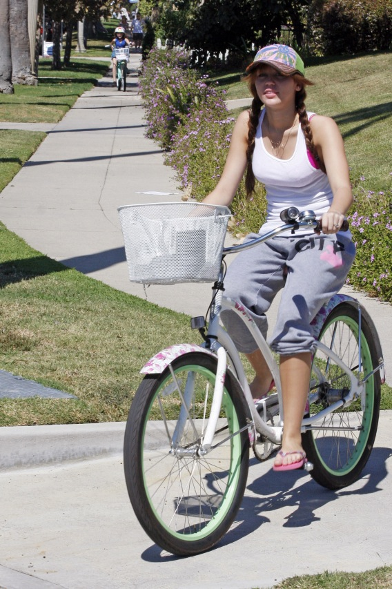 Miley Cyrus: Neighborhood Bicycle
