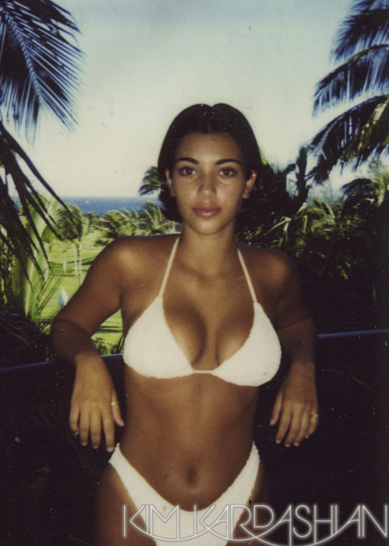 Kim Kardashian Denies Plastic Surgery