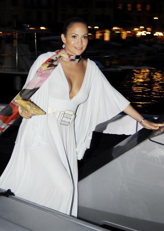 Jennifer Lopez: Xenu Is Her Homeboy