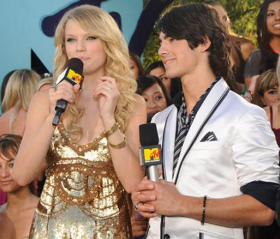 Joe Jonas and Taylor Swift: It's Over!