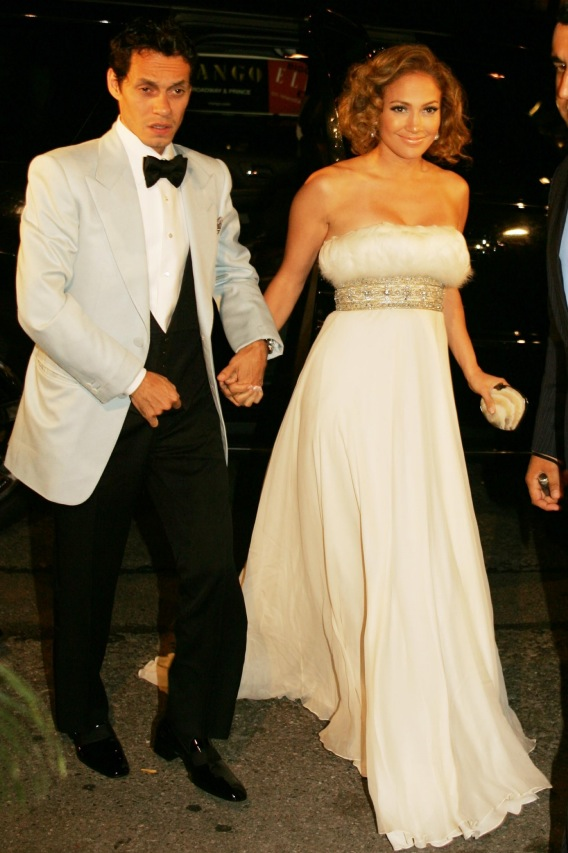 Morning Buzz: Jennifer Lopez and Marc Anthony Renew Vows