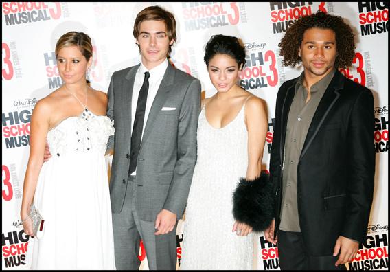 'High School Musical' Stars Get no Bathroom Privacy
