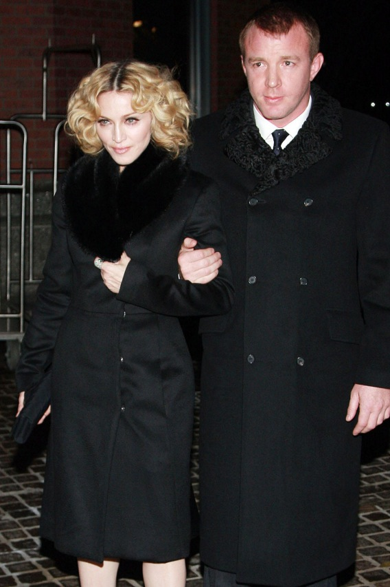 Morning Buzz: Madonna and Guy Ritchie Divorcing?