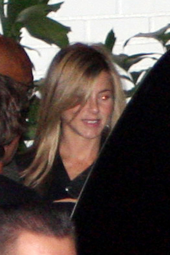 Jennifer Aniston Hand-Delivers John Mayer's Package