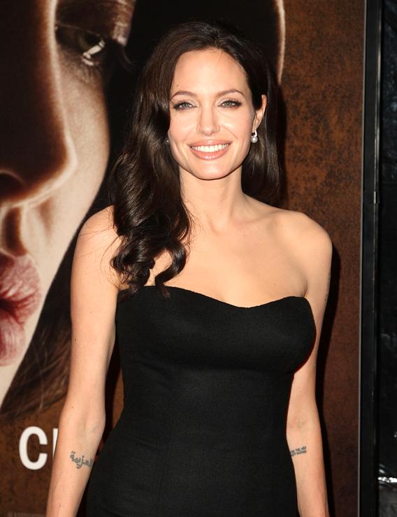 Angelina Jolie, Psychic Homewrecker