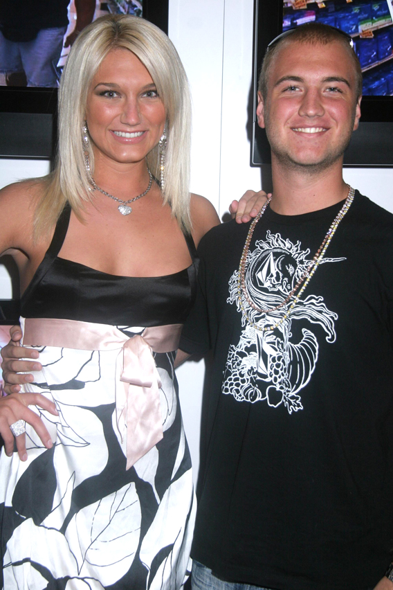 Brooke Hogan Blogs for Bro's Happy Return