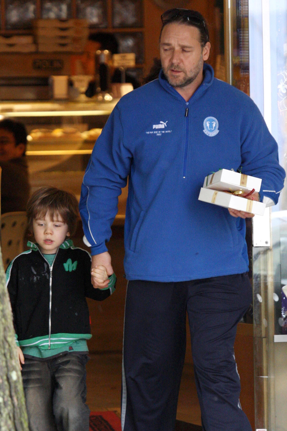 Russell Crowe: Like a Fat Kid Likes Cake….