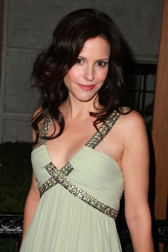 Mary-Louise Parker Gets Trashed