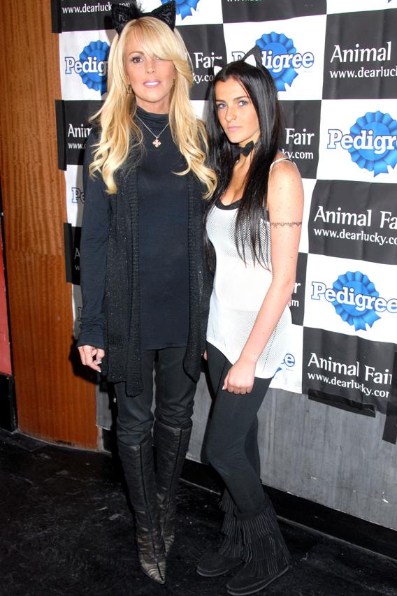 Dina and Ali Lohan Get Catty