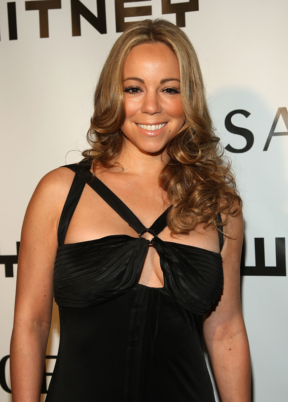 VIDEO: Mariah Carey's Vegas Romp 'I Stay In Love'