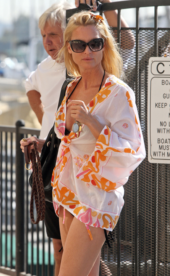 Morning Frills #84: Nicollette Sheridan