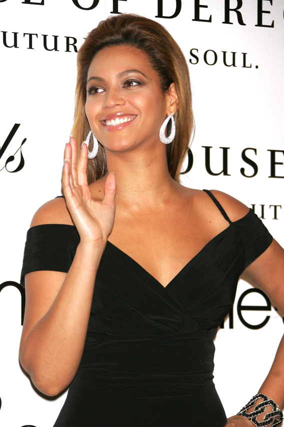Beyonce and Mom Invite You to House of Dereon