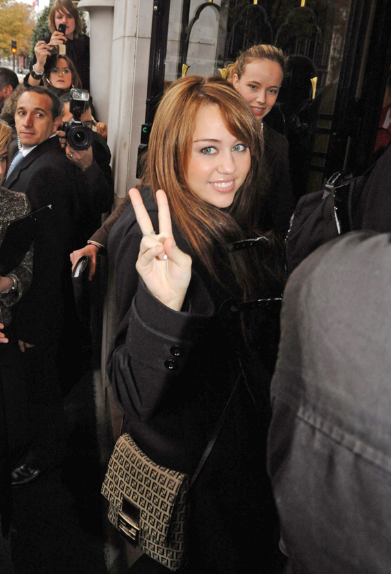 Miley Cyrus Not Saying 'Peace Out' to 'Hannah Montana'
