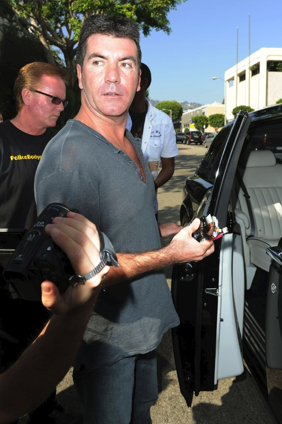 Simon Cowell Is Single!
