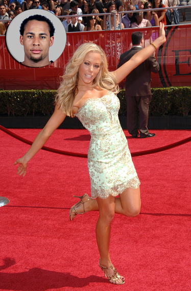Kendra Wilkinson: Playmate Gets Her Player