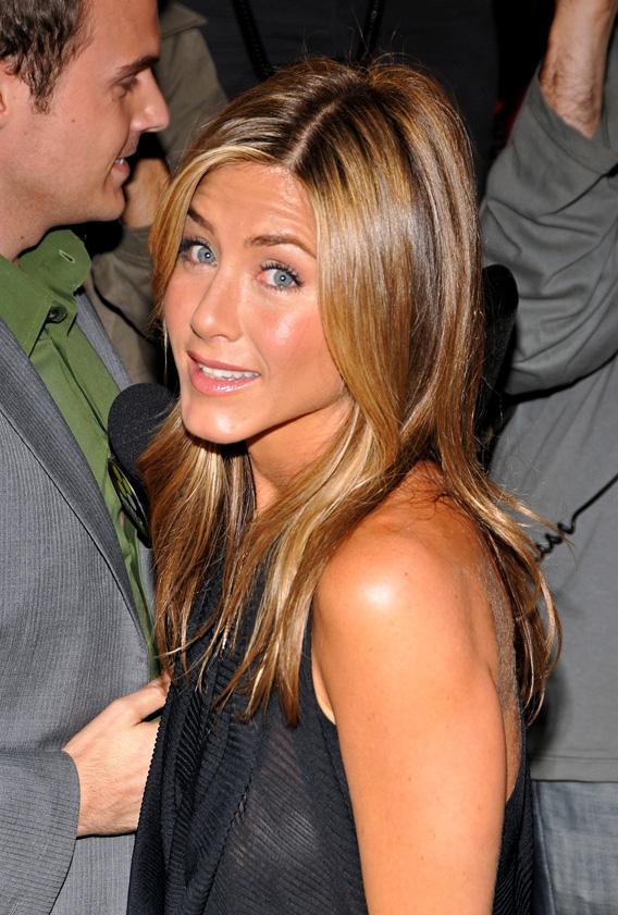 Jennifer Aniston: Is She or Isn't She?