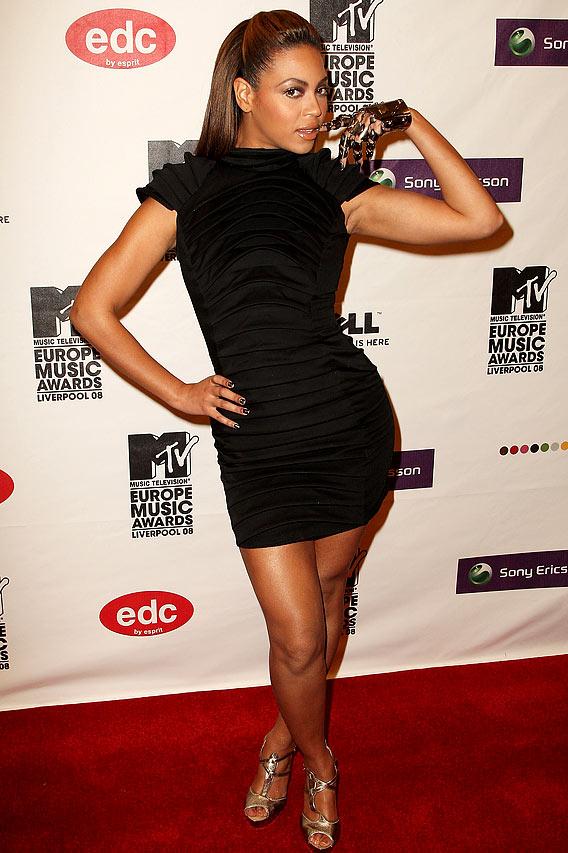 MTV Europe Music Awards: Finger-Biting Good!