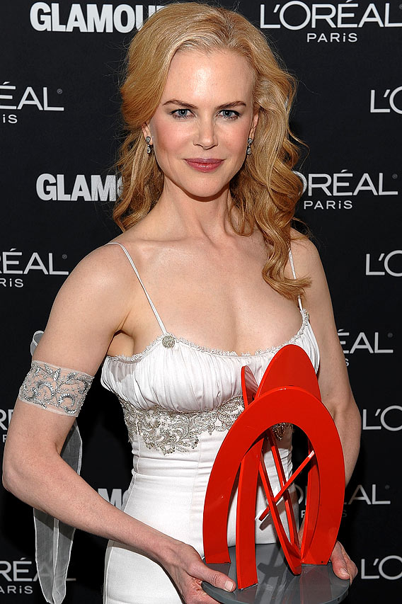 Nicole Kidman Gets 'Glamour'-ous
