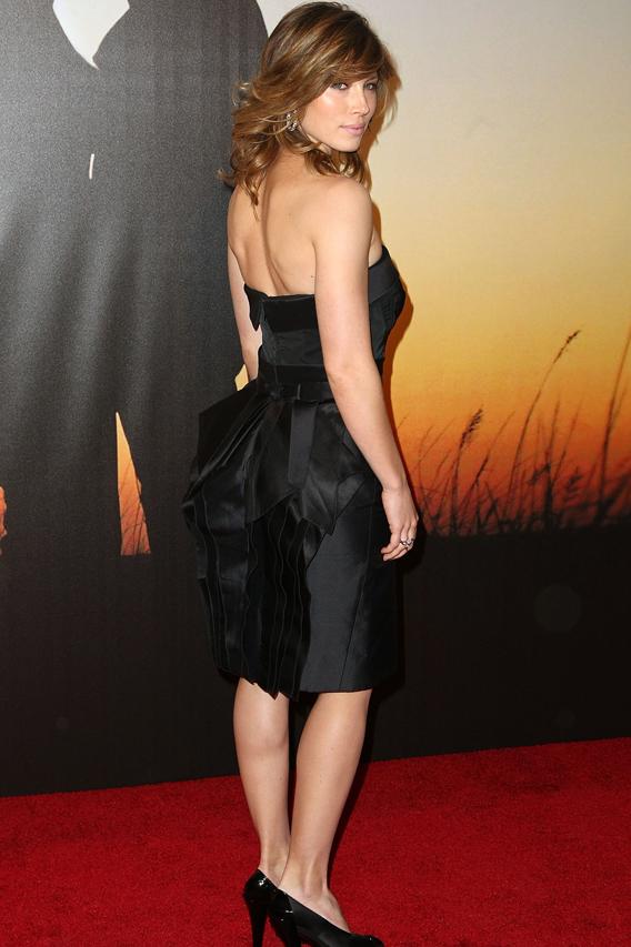Jessica Biel Is a Bag Lady for William Rast