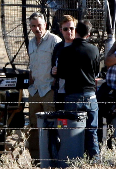 George Clooney and Ewan McGregor Stare At Goats