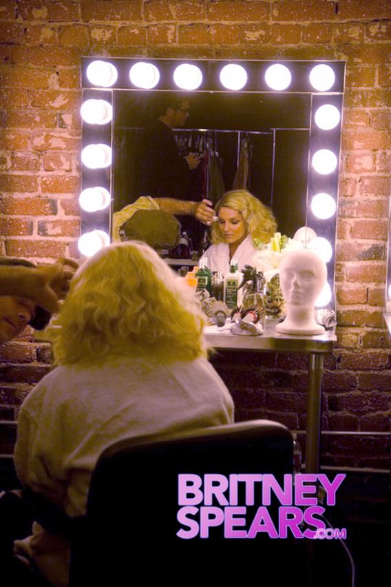 Video: Britney Spears Feels Like a Prisoner