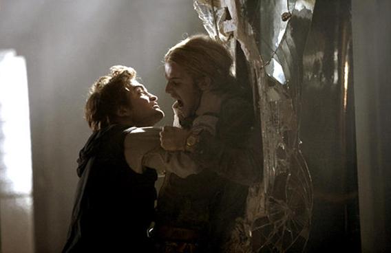 Audience Members Awed at 'Twilight' Screening