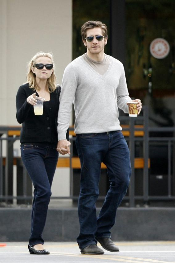 Reese Witherspoon Not Ready to Marry Jake