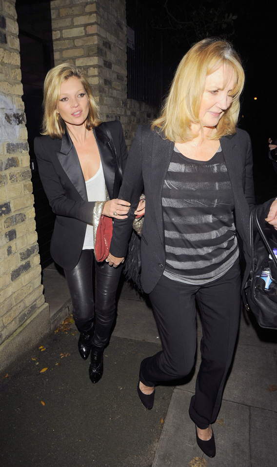 Kate Moss Takes Her Mom to Meet the Boyfriend