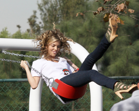 AnnaLynne McCord Is a Real Swinger