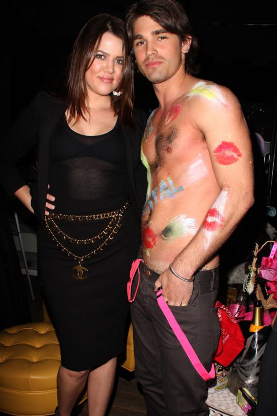 Khloe Kardashian Parties with Justin Gaston