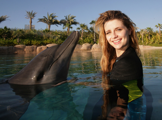 Video Gratitude: Mischa Barton Is Thankful