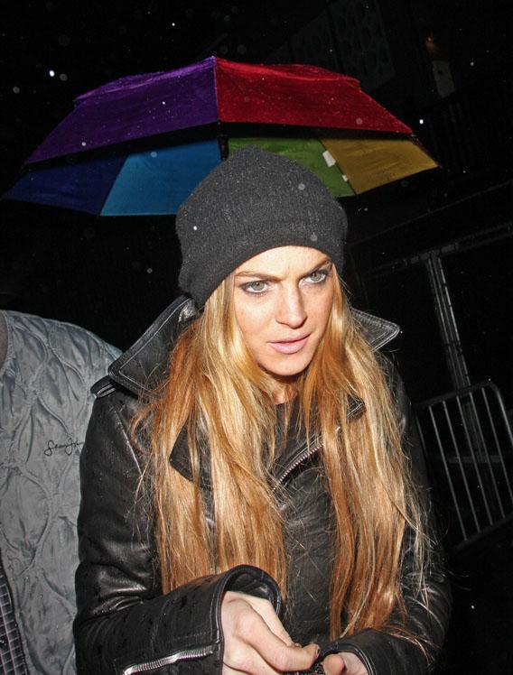 Lindsay Lohan Loses Face(book)