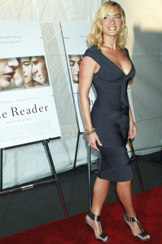 Kate Winslet Sizzles on 'Reader' Red Carpet