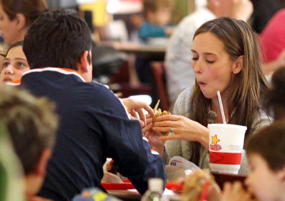Jennifer Love Hewitt Eats Away at the Critics