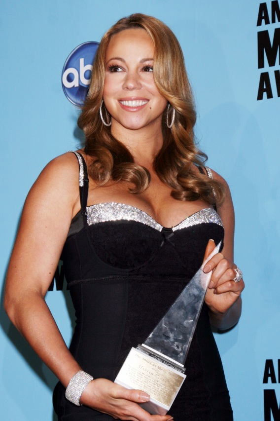 Morning Buzz: Mariah Carey Pregnant?