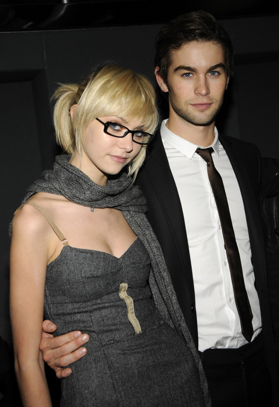 Chace Crawford and taylor momsen 2014