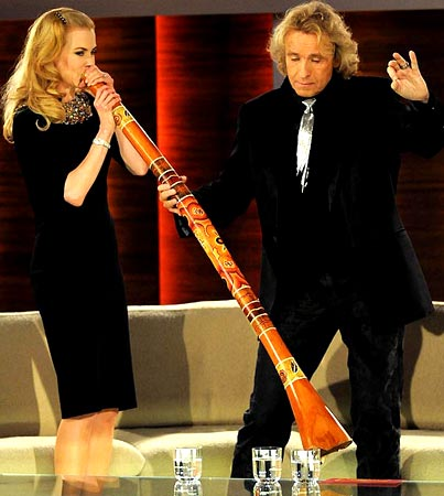 Nicole Kidman Blows Her Didgeridoo