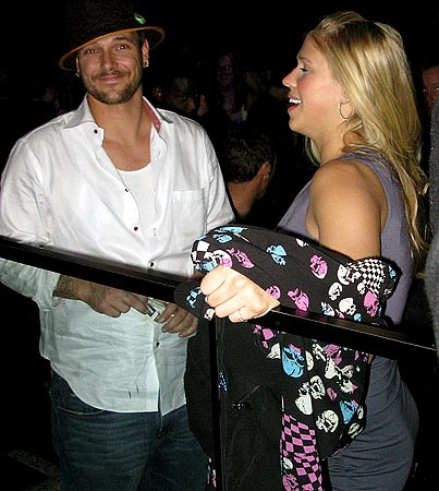Kevin Federline Shows His New Girlfriend a Boring Time