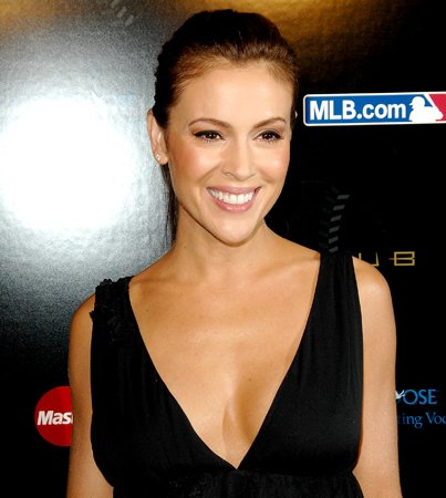 Alyssa Milano Engaged to Hollywood Agent