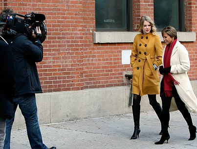 Katie Couric Chats Up Taylor Swift in NYC