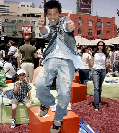 Remember When: Taylor Lautner Was Shark Boy?